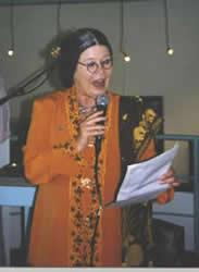Tante Lien treedt op, op Texel, foto Miep Bos