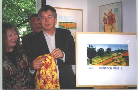 Opening gentechvrije expositie door Dick Stellingwerf