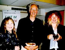 Wieteke van Dort, Frans Saat, en Carrie Jansen op de opening van de expositie (foto Miep Bos)